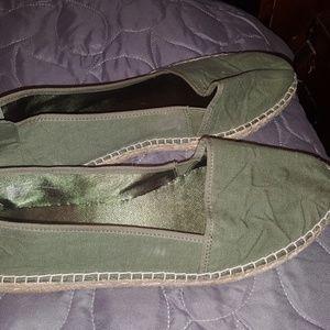 Mia slipper
